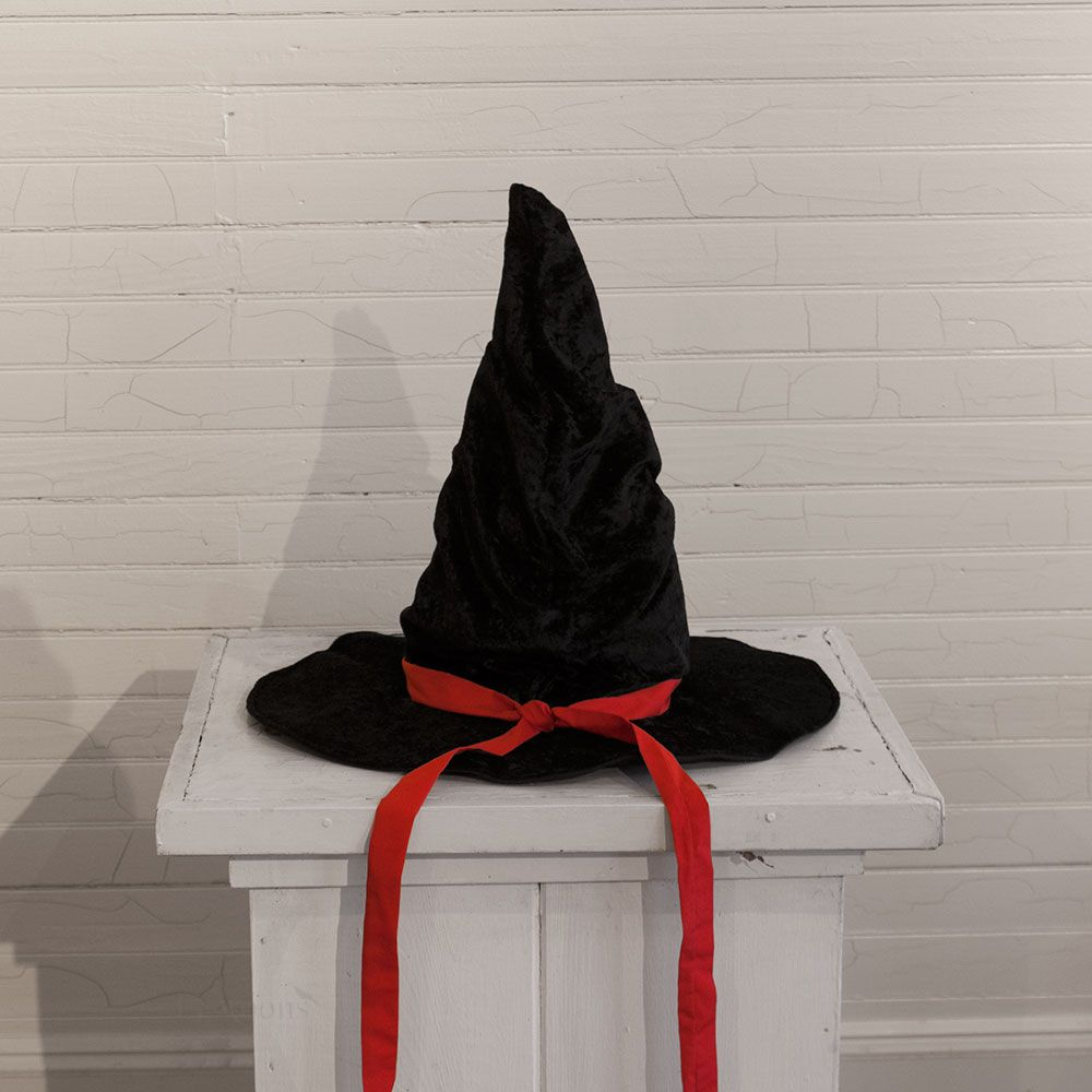 Witches Flying Hat, Black
